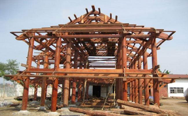 Chi phí làm nhà gỗ mít