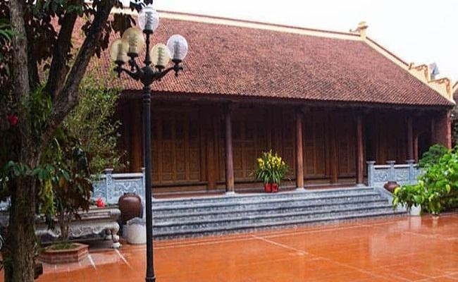 Nhà gỗ xoan truyền thống
