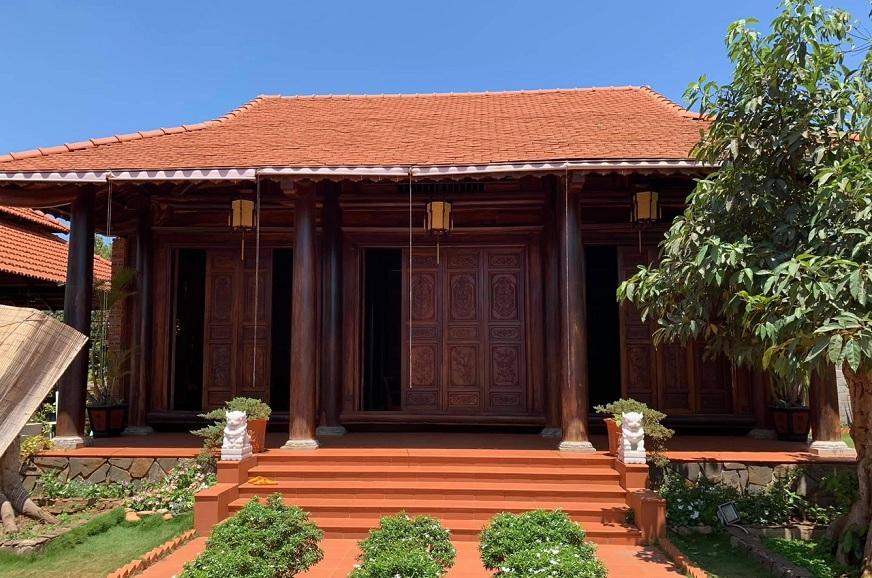Nhà gỗ từ đường
