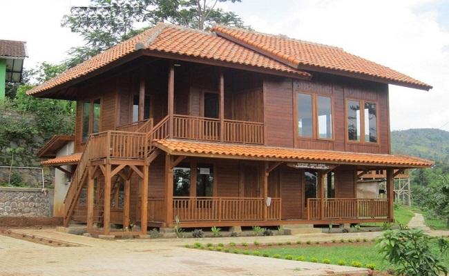 Nhà gỗ xoan 2 tầng